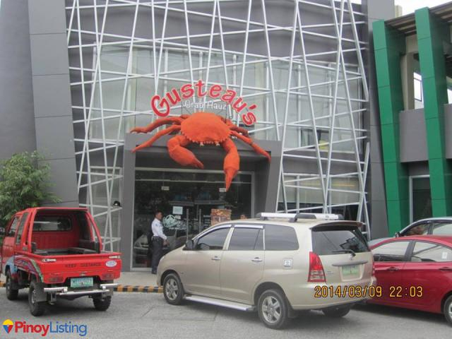 Gusteau's Crab Hauz
