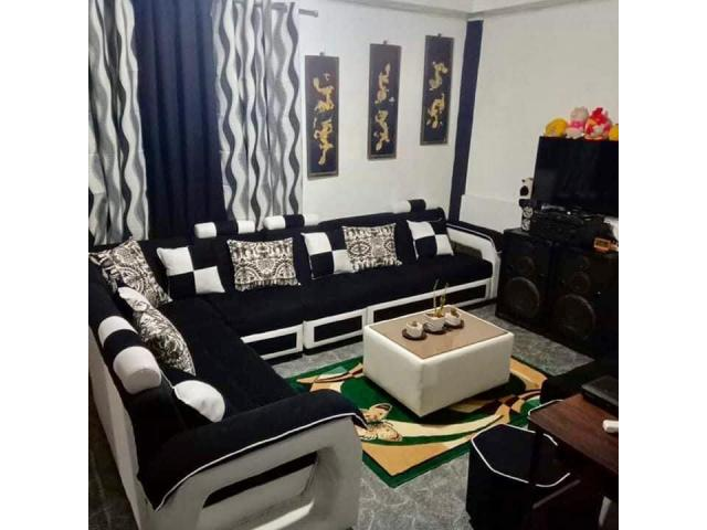 Furniture Shop by: Yno