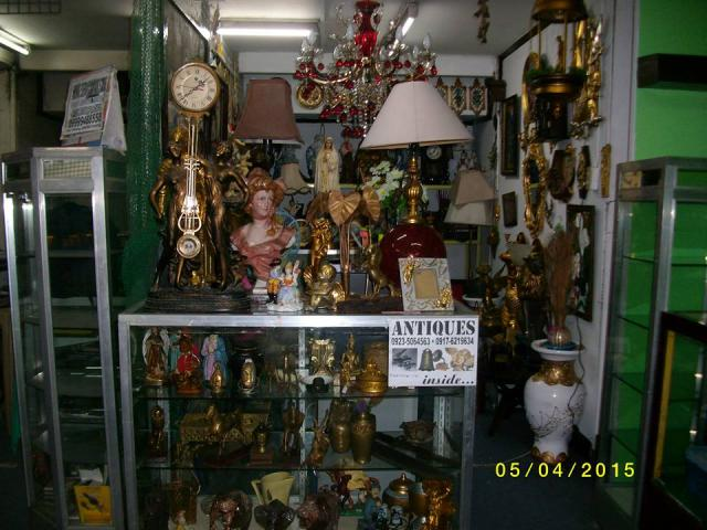 Amor and Aehna Antique Shop